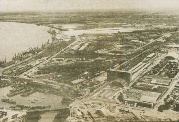 Aerial view of Beira port